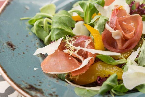 Carta de ensaladas de verano-restaurante-zaragoza